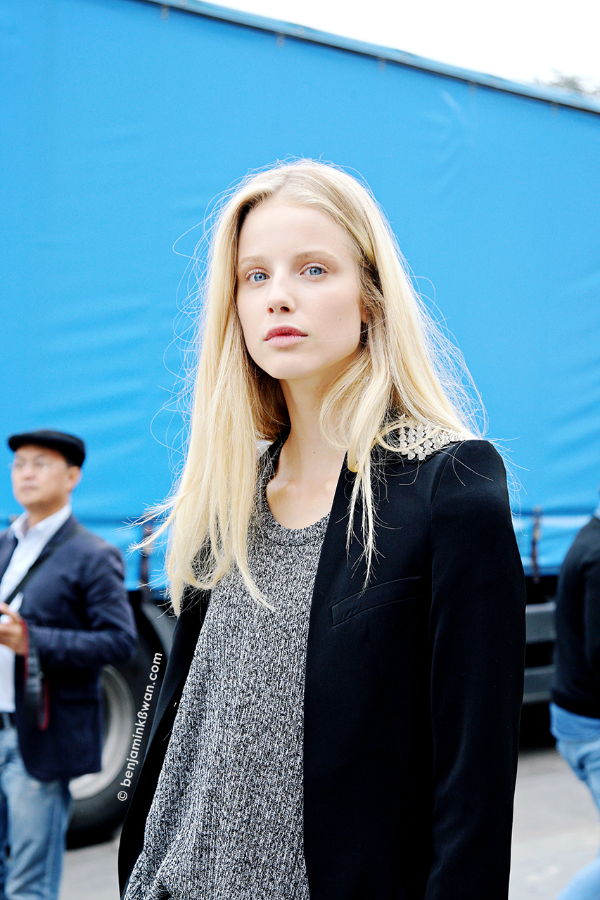 Quirine Engel at Leonard SS 2014 Paris Snapped by Benjamin Kwan    Paris Fashion Week