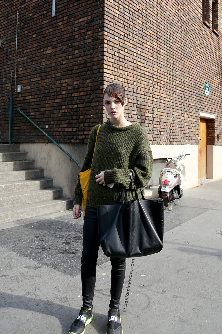 Vittoria Ceretti at Chloe SS 2015 Paris Snapped by Benjamin Kwan     Paris Fashion Week