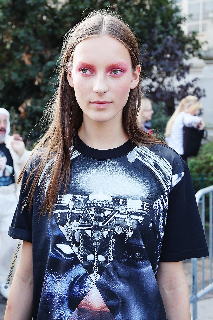 Julia Bergshoeff at Chanel SS 2015 Paris Snapped by Benjamin Kwan Paris Fashion Week