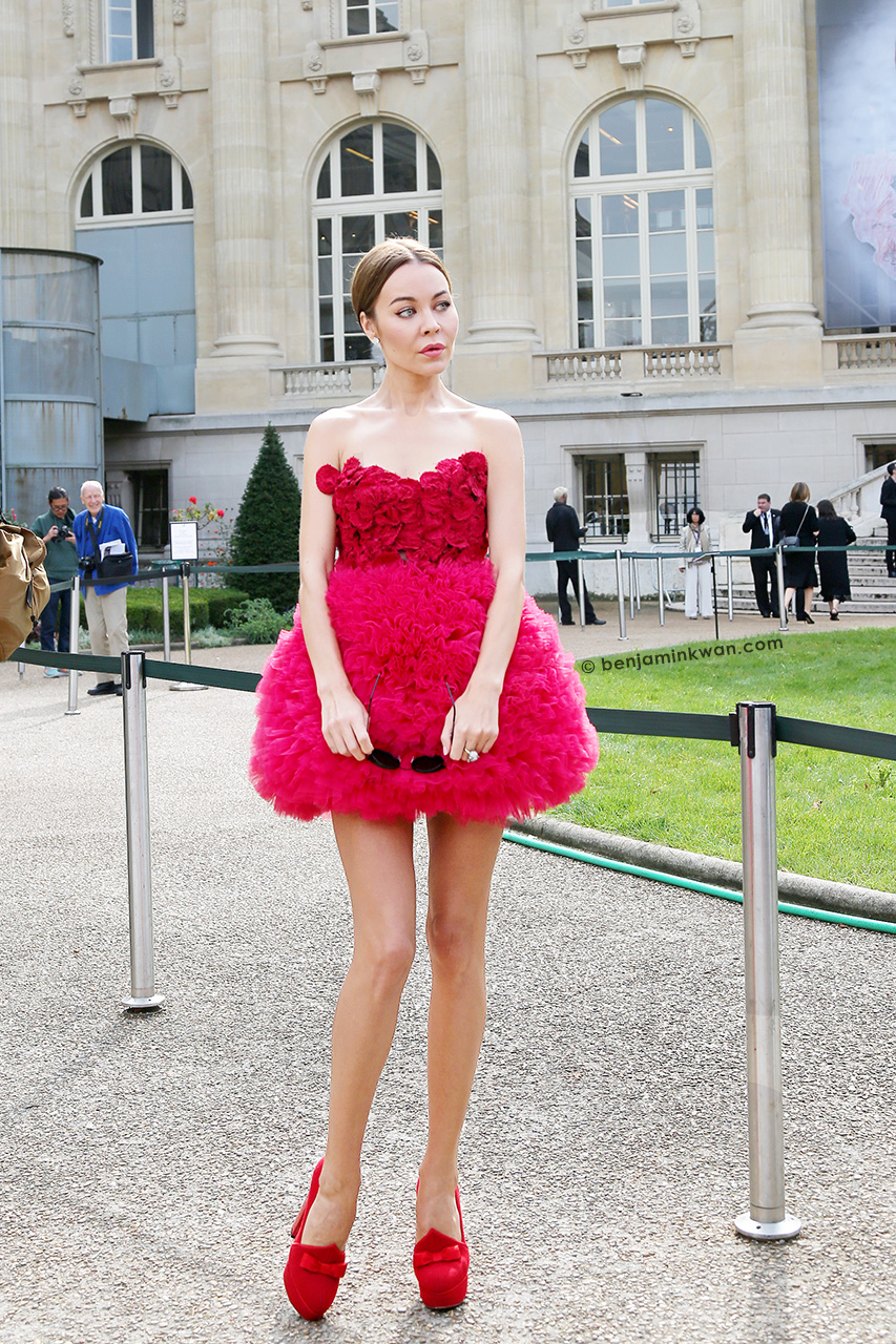 Ulyana Sergeenko at Giambattista Valli SS 2015 Paris Snapped by Benjamin Kwan     Paris Fashion Week