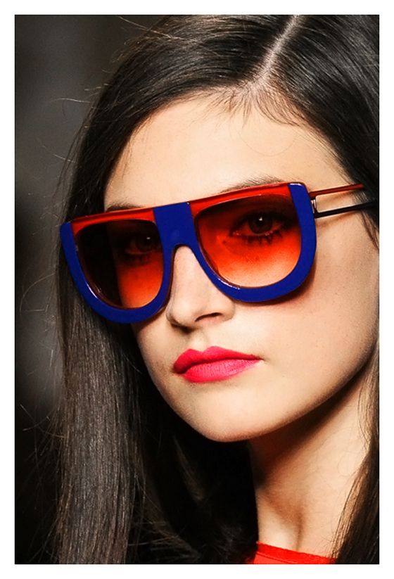 Jacquelyn Jablonski = Fendi Spring-Summer Ready to  Wear 2011   Frocks = Karl Lagerfeld for Fendi