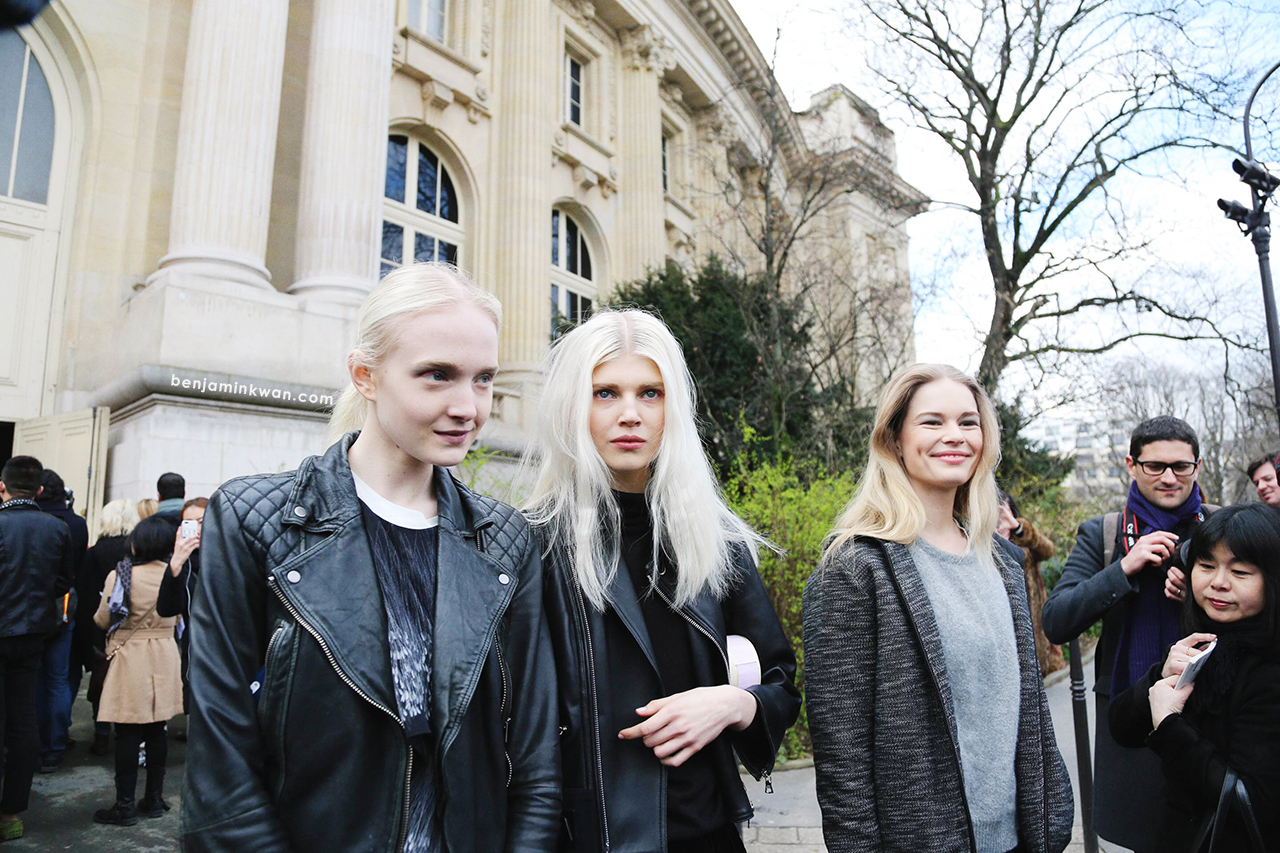 Maja Salamon, Ola Rudnicka and Anna Ewers at Chanel     FW 2014 Paris Snapped by Benjamin Kwan     Paris Fashion Week