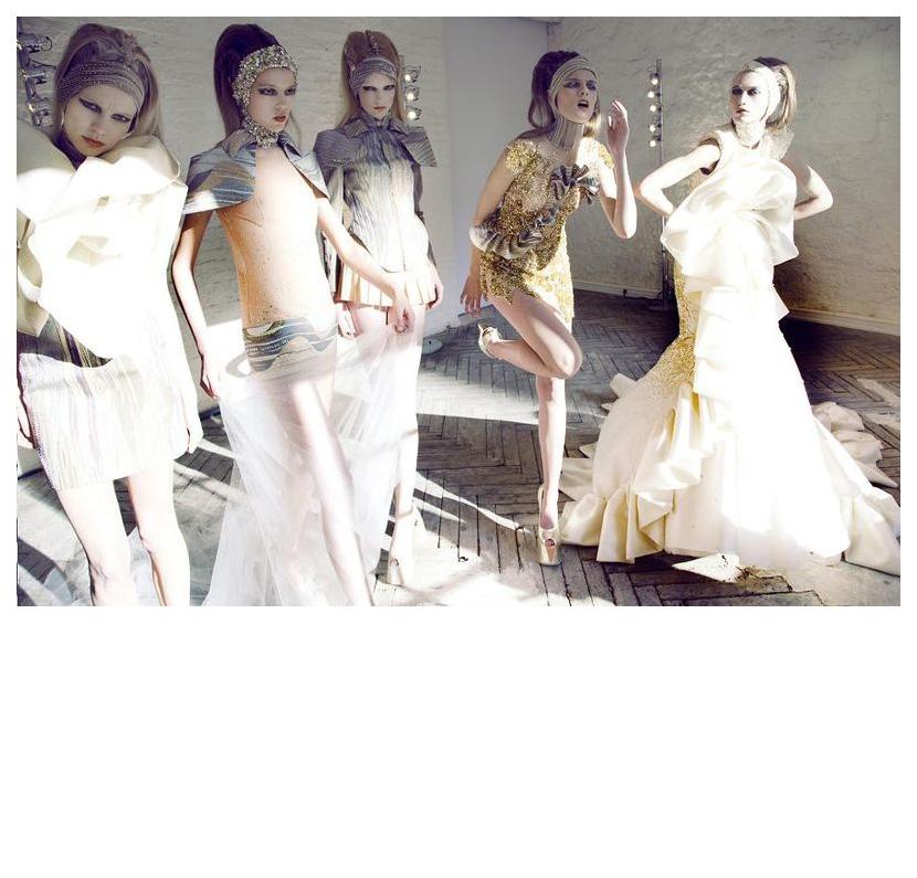"""Duality"" JANTAMINIAU Haute Couture Spring-Summer 2010 = Christel + Anniek + Josefien + Anne + Odile Maaike + Sylvia Cicely Feline + Hester Wernert + Siko van Berkel + Ellis Faas + Petrovksy & Ramone Frocks = Jan Taminiau for JANTAMINIAU"