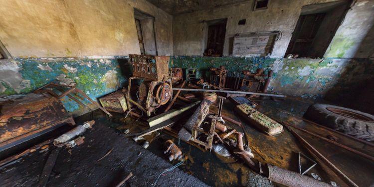 Matua Island - Abandoned Building