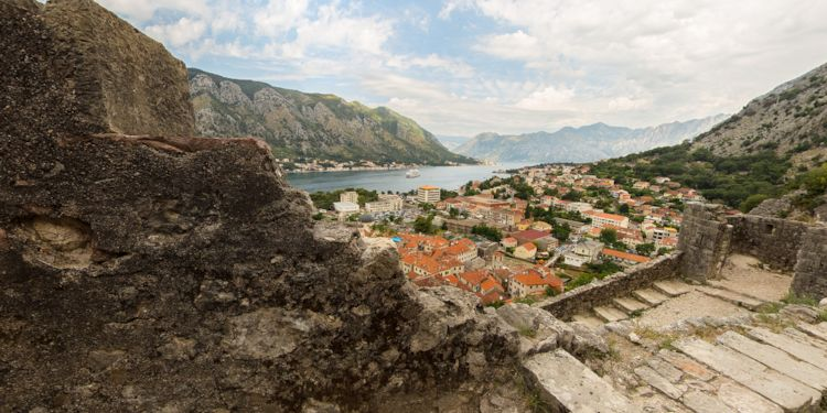 City & Le Lyrial from the City Wall [KT-City-View]