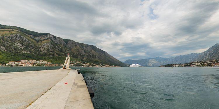 Tender dock [KT-Tender-Dock]