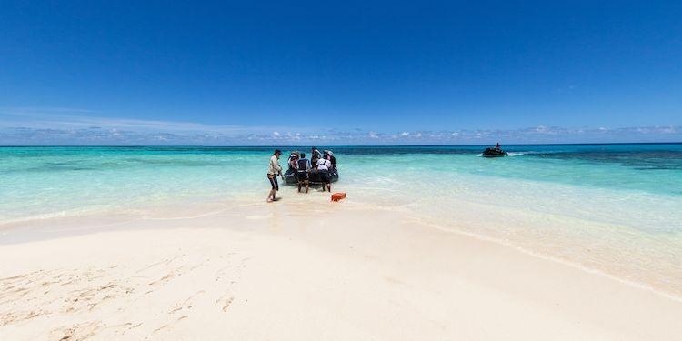Kouare Island - Zodiac Landing