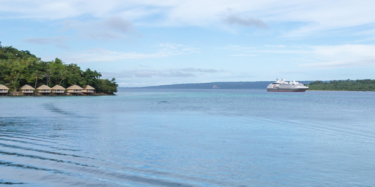 New: Port Vila - L'Austral from the hotel balcony