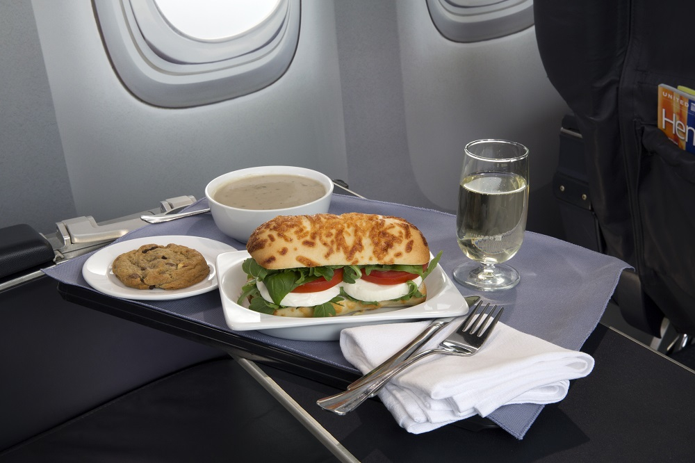 "United's ""Caprese on Asiago Baguette."" Will it actually look like this in flight?"