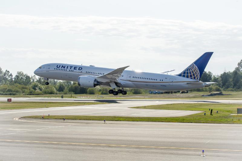 United's first 787-9, delivered in September 2014, is United's first 787 with in-flight wifi. Photo: United Airlines.