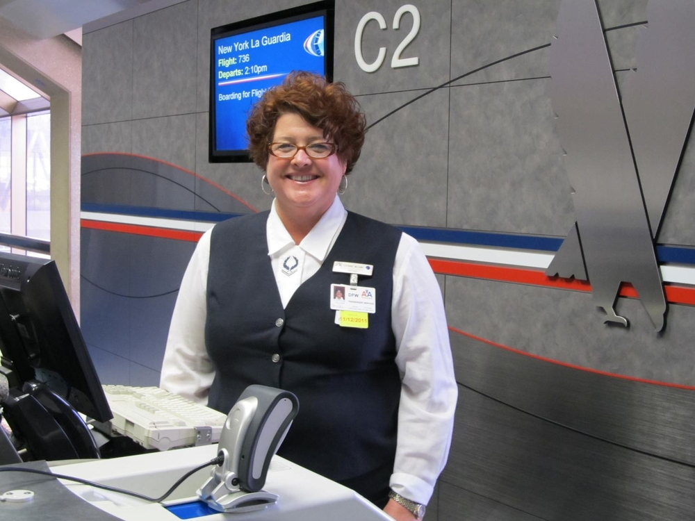 This American customer service representative is getting a new uniform. Photo: American.