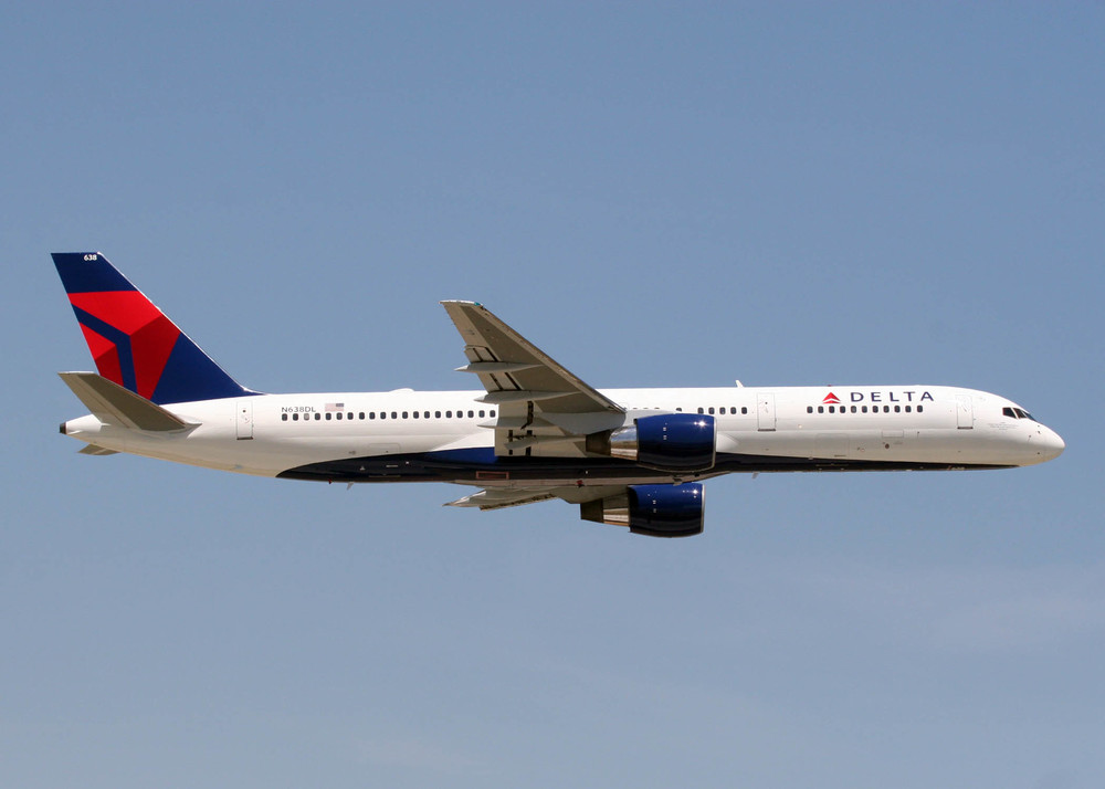Might Delta fly Boeing 757s between Los Angeles and New York LaGuardia?