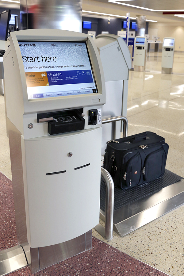 Passengers may tag their own checked luggage in Boston. Photo: United Airlines.