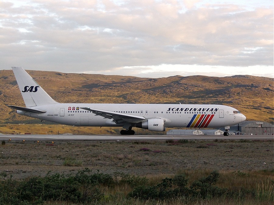 """Do you know about SAS' robust history? Photo:""""Scandinavian 767-383ER"""" by Lars Wahlstrom. Via Wikimedia Commons."""