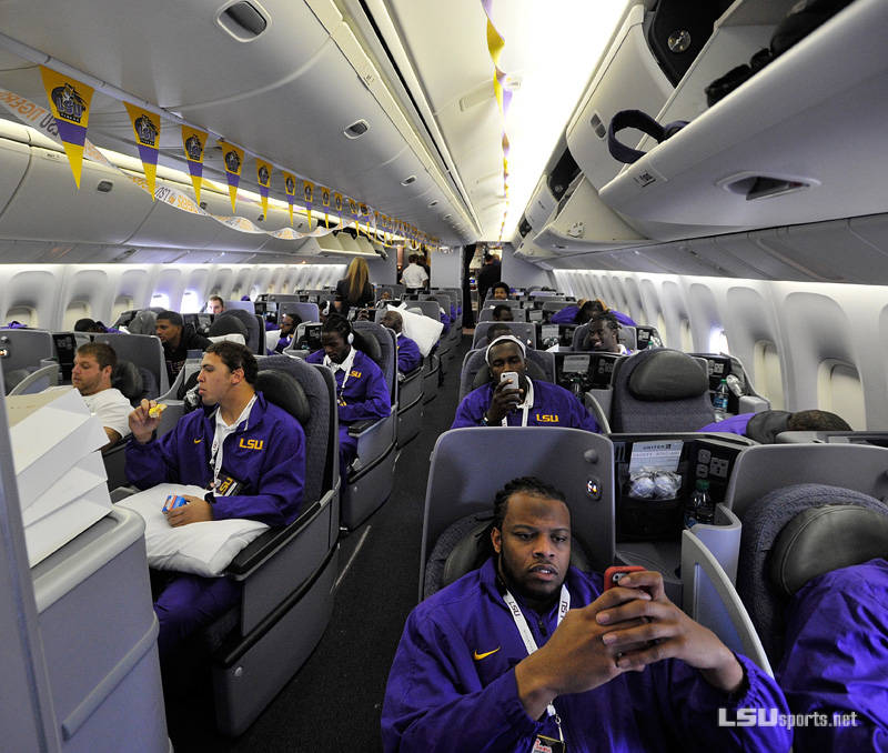 LSU football, seen here traveling to a bowl game three seasons ago, flies United Airlines. Photo: LSUsports.net.