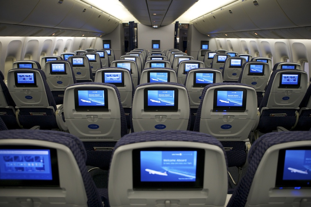 United is reminding flight attendants that passengers may not make voice or video calls. Photo: United Airlines.