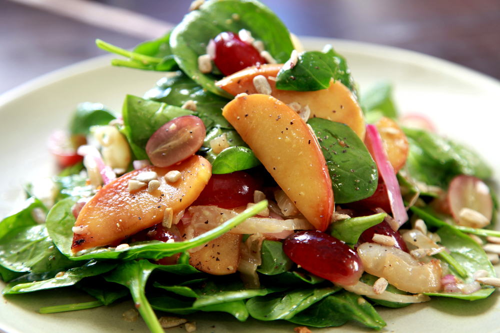 SPINACH SALAD WITHDRIED FIGS/ PECANS GOAT CHEESE/ BALSAMIC $12.99