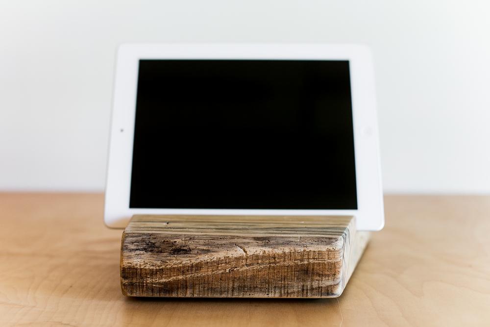 iPad Stand | 006