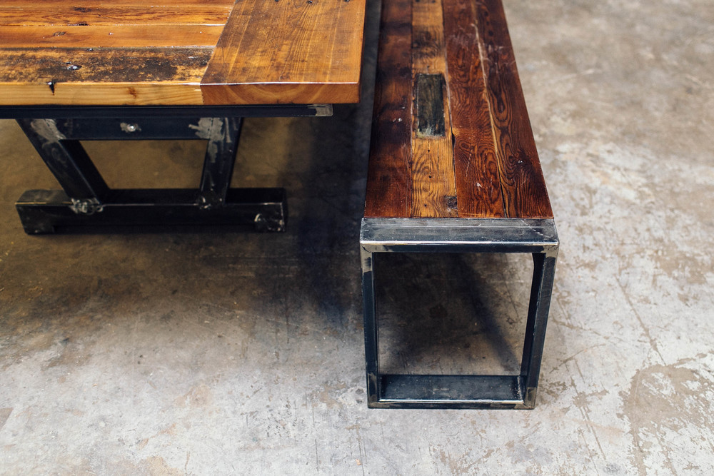barnwood_diningtable_crawford20141113_0001.jpg