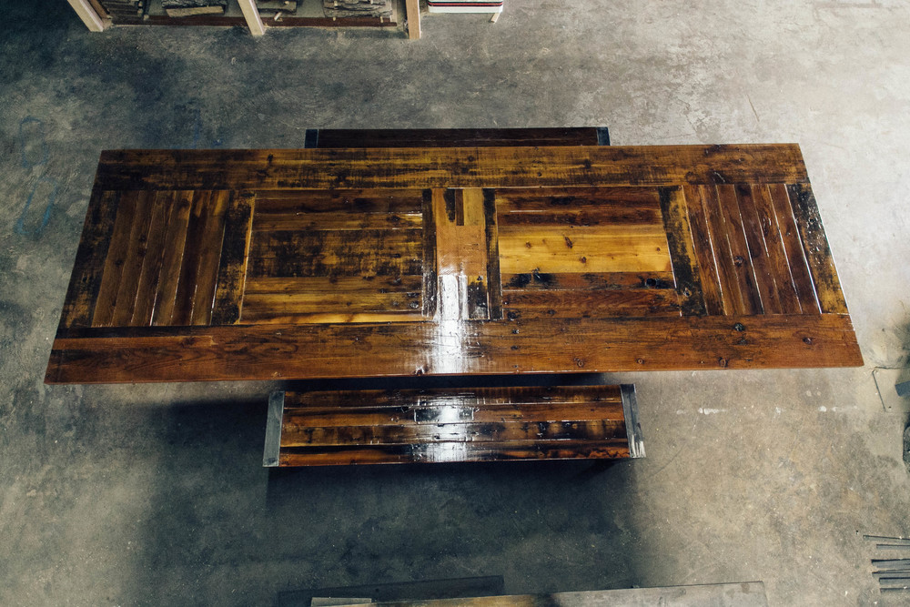barnwood_diningtable_crawford20141113_0007.jpg