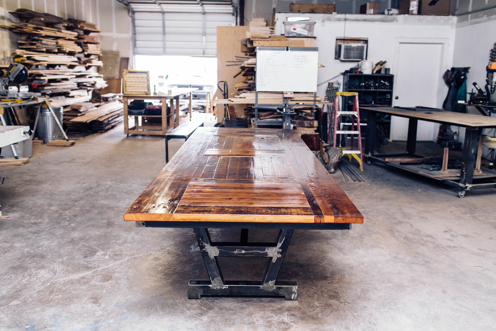 barnwood_diningtable_crawford20141113_0012.jpg