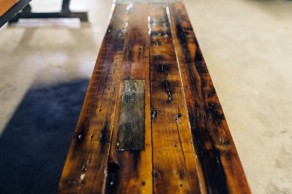 barnwood_diningtable_crawford20141113_0013.jpg