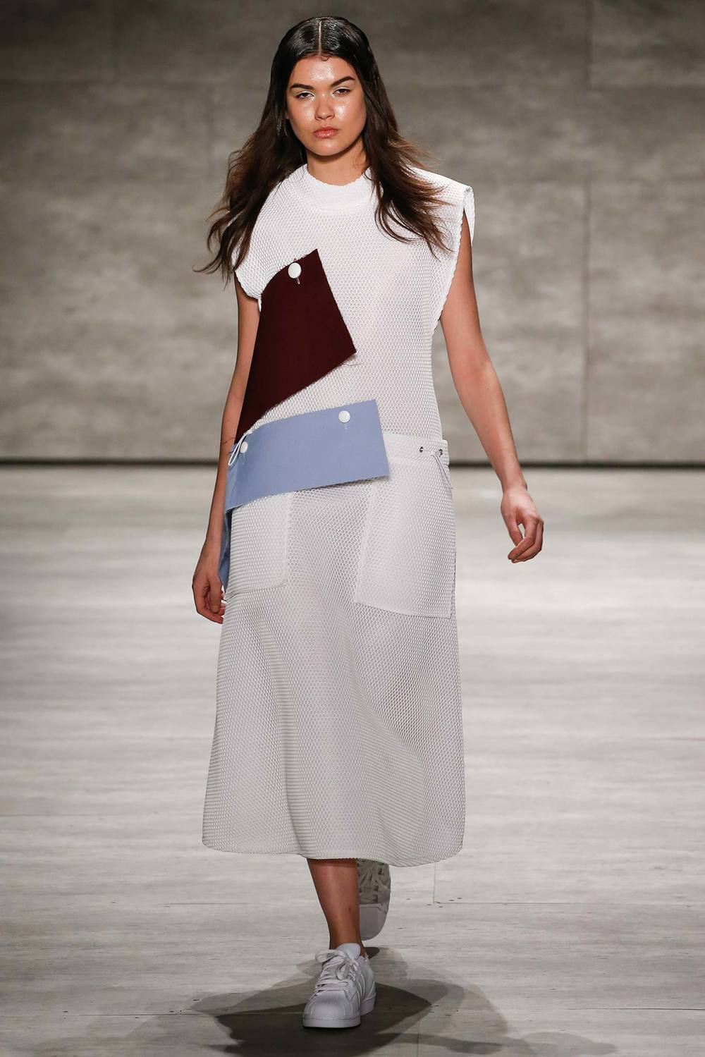Andrea Jiapei Li  photo: Gianni Pucci for style.com