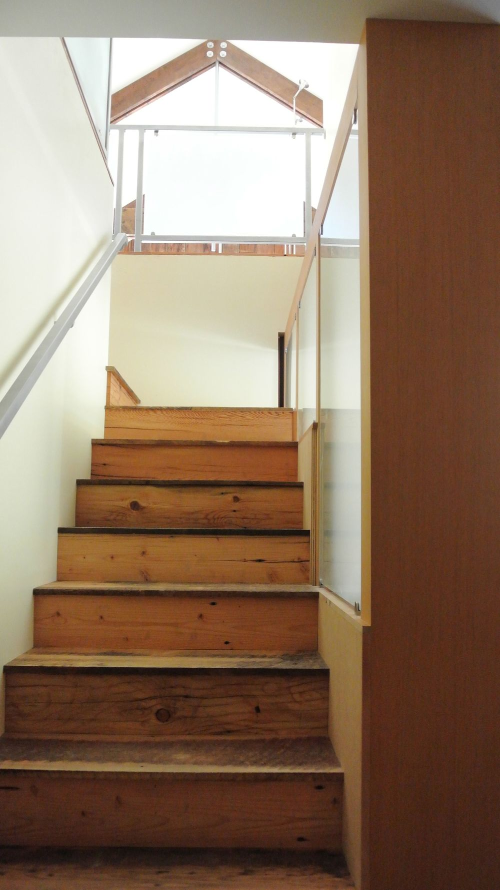 stairs to truss.jpg