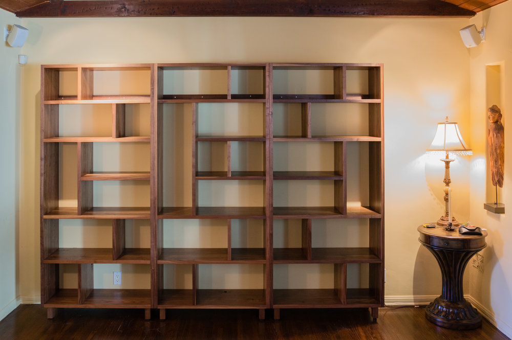 Bookcase-06019.jpg