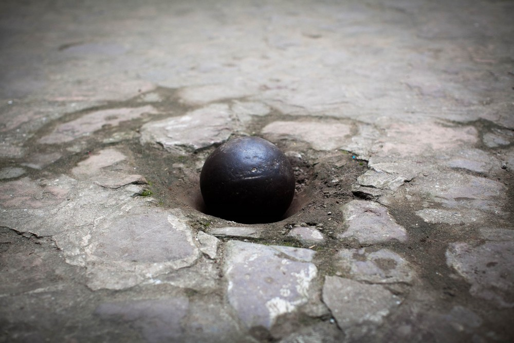 A ball and chain in the slave chambers of the Castle.