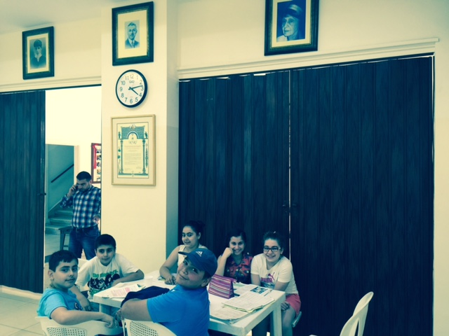 After school remedial classes to Syrian refugees in Bourj Hammoud / Karageuzian foundation family portraits on top
