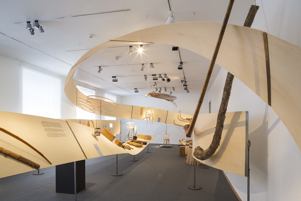 woodloop_Ausstellungsbild_FotoMichaelLio.jpg