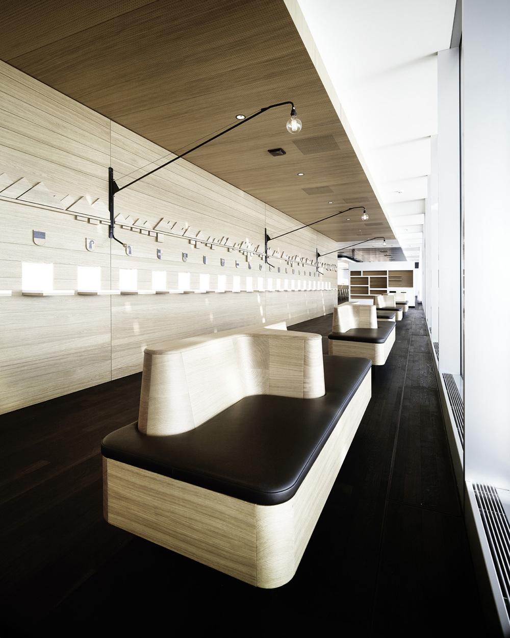 boulevarde lounge senator lounge