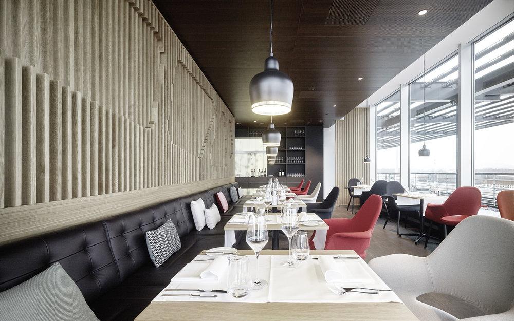 swiss first class lounge_5* a la carte restaurant