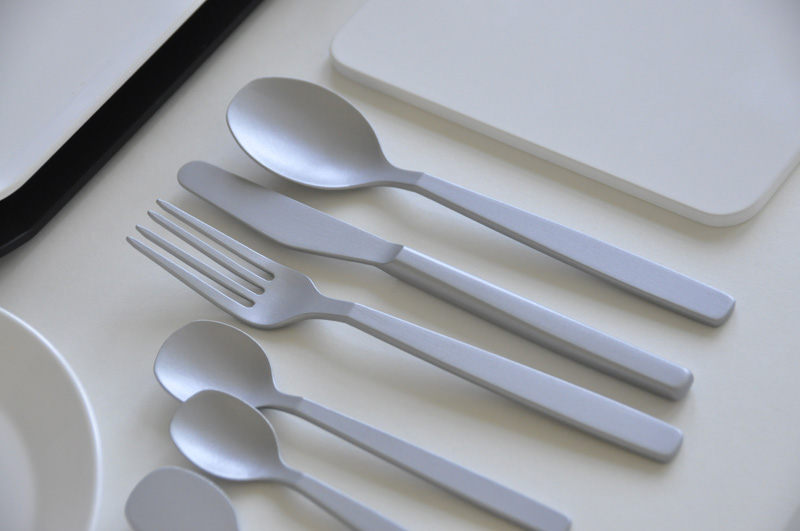 greutmann_design_tableware_swiss6.jpg