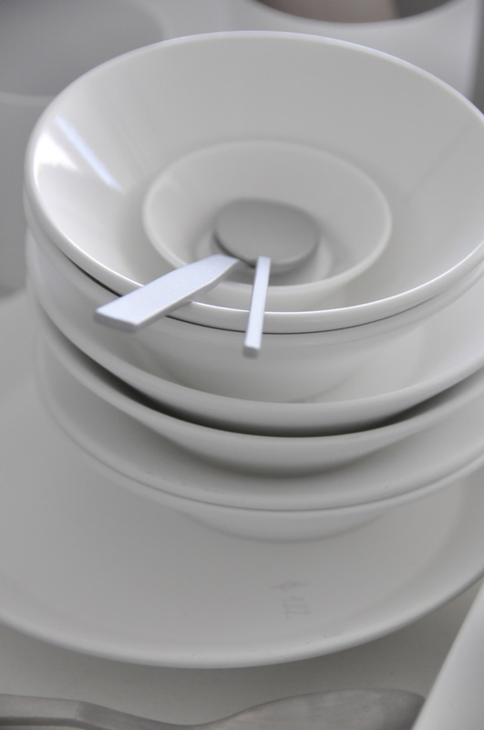 greutmann_design_tableware_swiss4.jpg