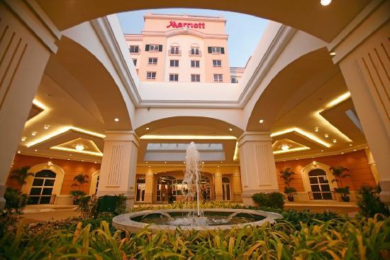 manila-marriott-hotel