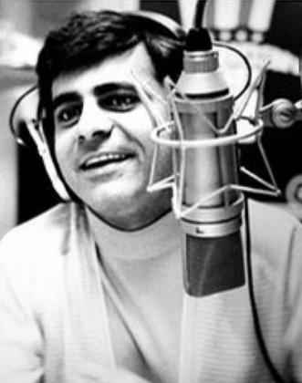 Casey-Kasem-on-the-Radio_photo_medium