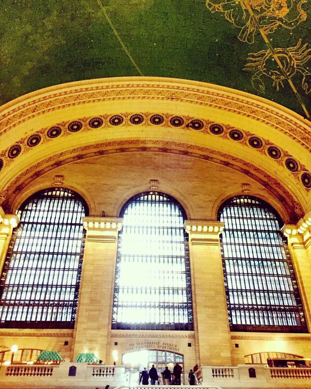 I spent the day in NYC with my hubby. Grand Central Terminal always takes my breath away. I never tire of her beauty.