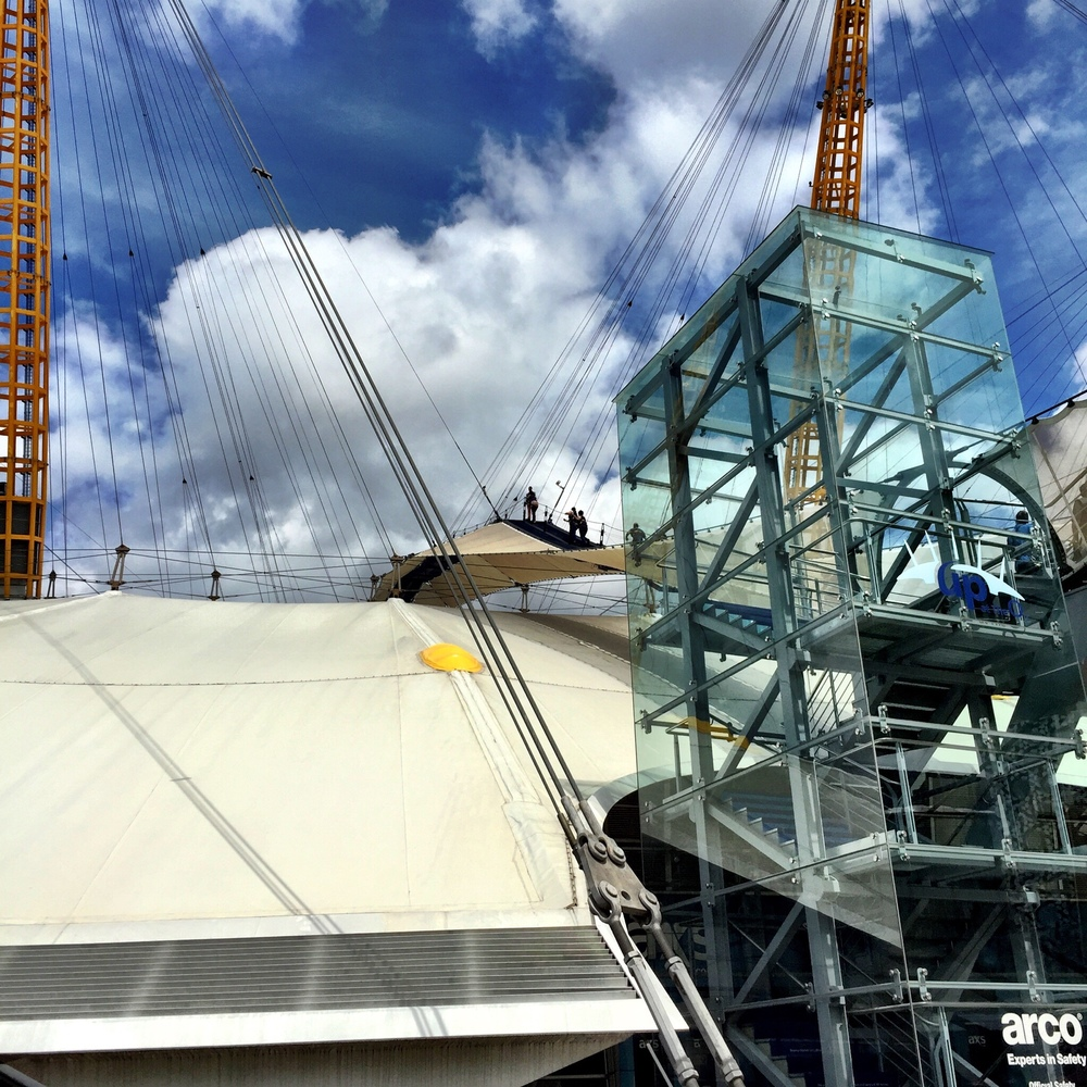 Matthew climbs the O2