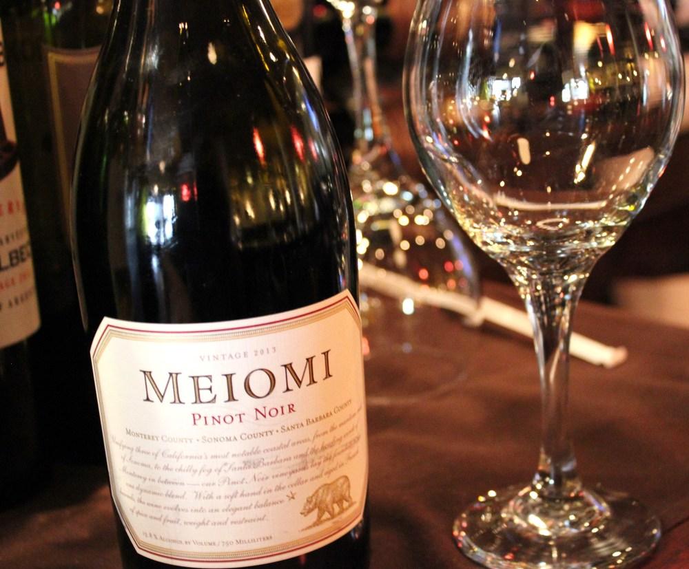 Meomi Wine.jpg