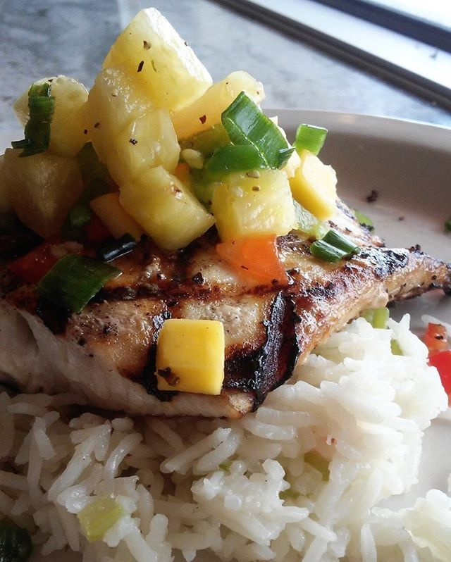 We have some delicious Mahi Mahi with Mango Pineapple Salsa over Basil Pilaf for all your your Saturday feasting selves. Join us and fuel up this holiday weekend.