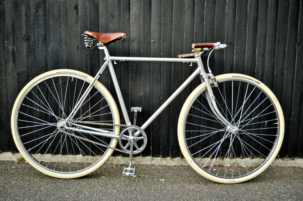 Cafe Racer - Cloud 9 Cycles.jpg