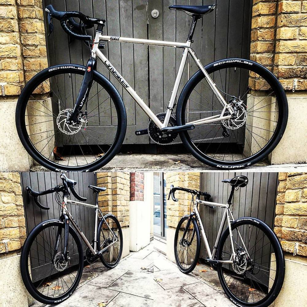A gorgeous handbuilt Lynskey Titanium bike with Hope Tech disc brakes, straight outta the Cloud 9 workshop.
