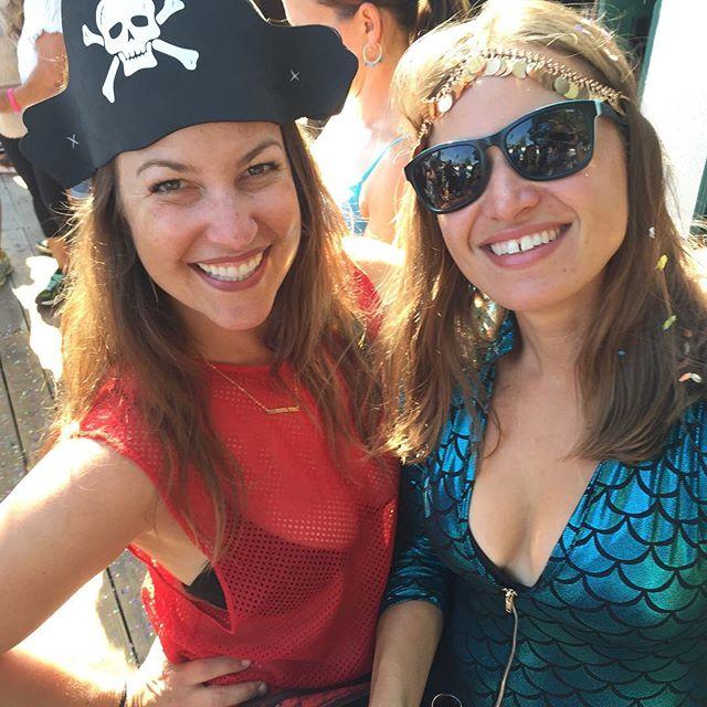 One day exploring the great outdoors, the next getting costumed up for the annual fiesta pub run. #neverlandpirateandmermaid #santabarbara #harrystoharbor #fiesta #fiestafunrun #framily