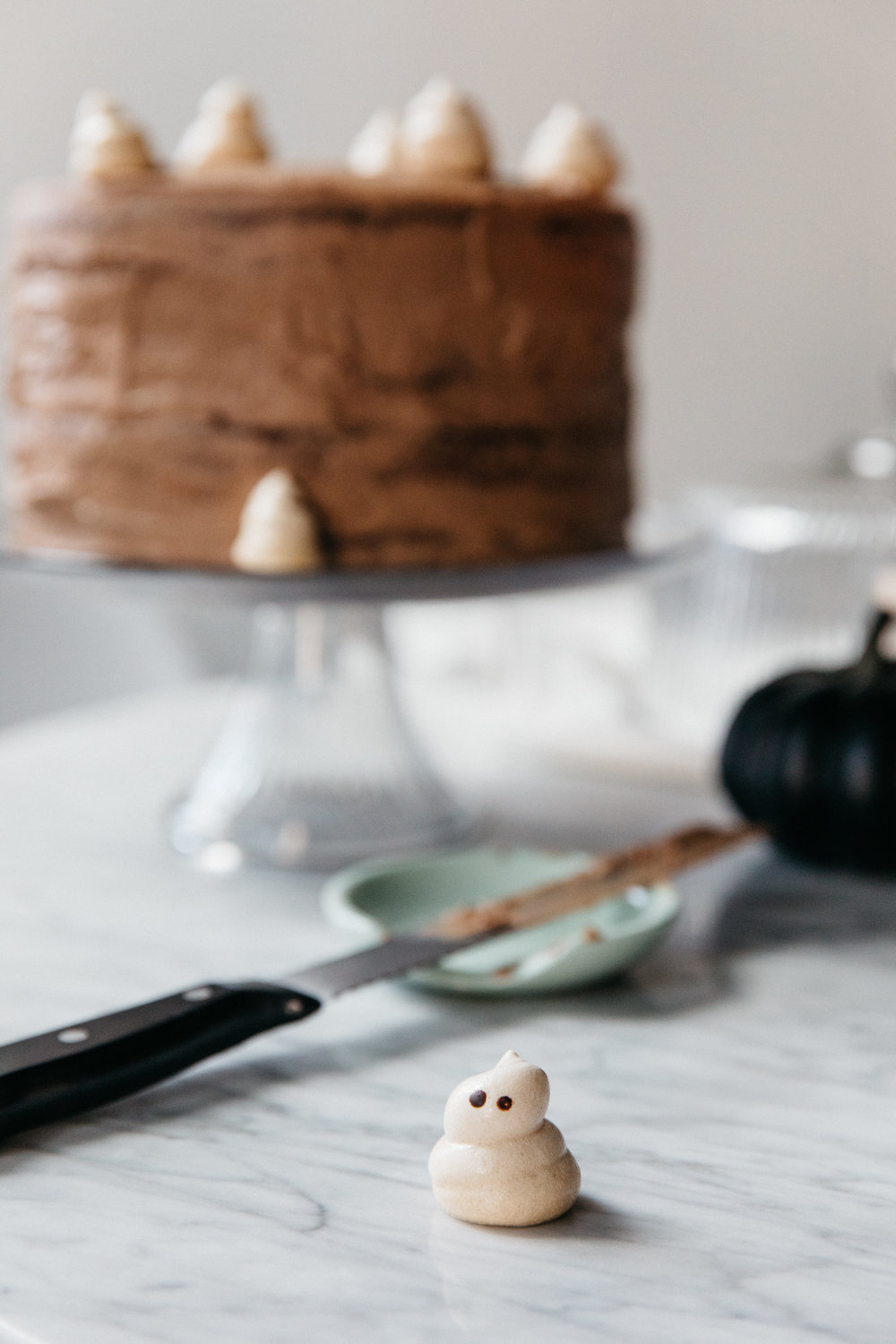 Ghost Cake, a Halloween Treat