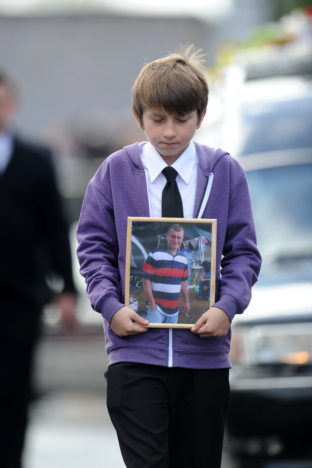 061011