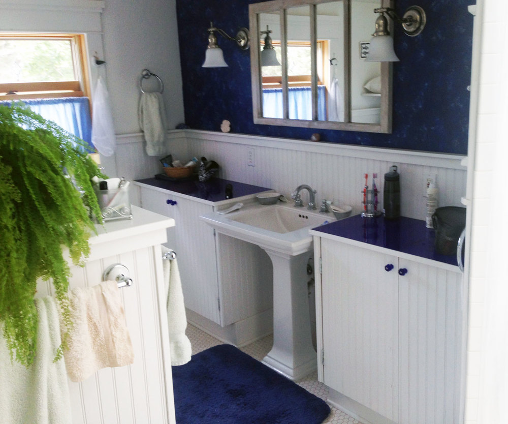 blue-bathroom.JPG