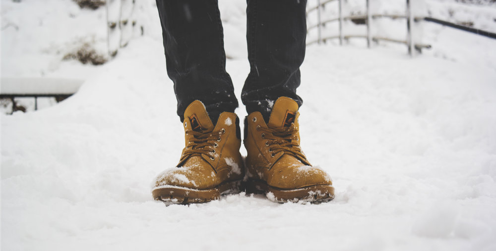 house-aspen-5-realities-of-construction-during-the-winter-boots