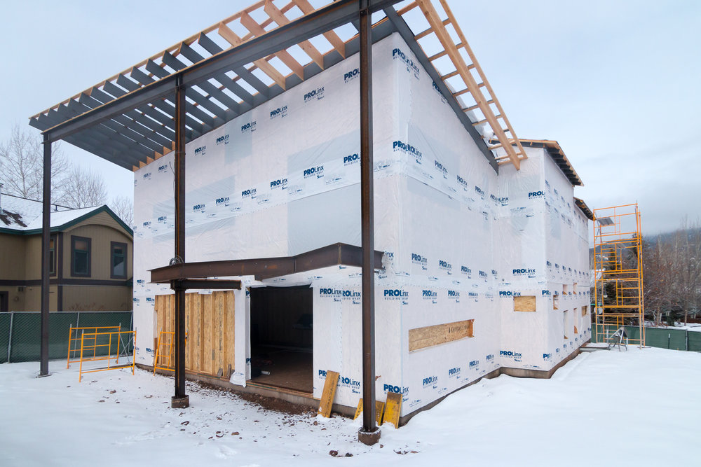 house-aspen-5-realities-of-construction-during-the-winter-basalt-residence-project-snow